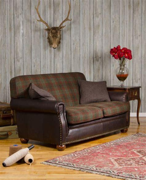 canape cuir et tissu canapé anglais montrose en cuir et tissus