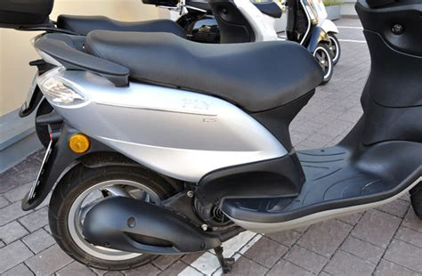 piaggio fly 125 2008 piaggio fly 125 moto zombdrive