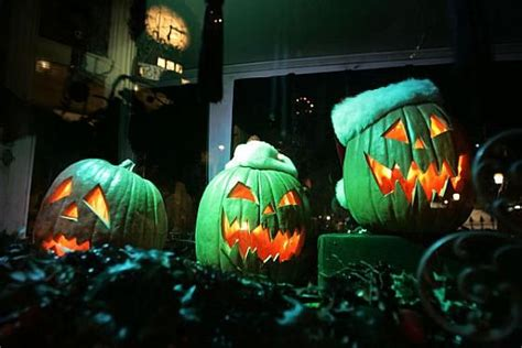 images  haunted mansion holiday  pinterest