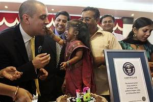 World's shortest woman Jyoti Amge has big Bollywood dream ...