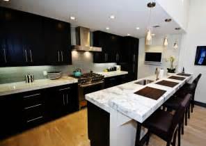 popular backsplashes for kitchens best kitchen backsplash ideas for cabinets 8007 baytownkitchen