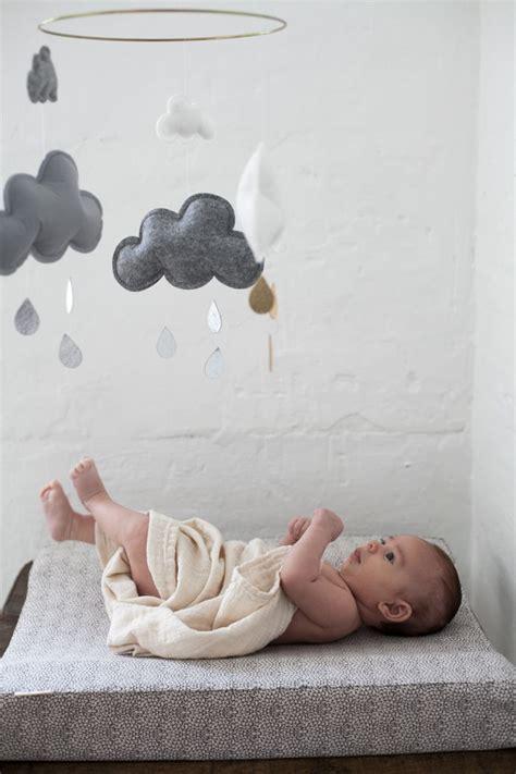 Mobile Kinderzimmer Mädchen by Wolken Mobile F 252 Rs Baby Sch 246 Nes Geschenk Zur Geburt Oder