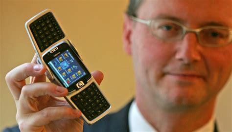 foldable iphone rumoured    development newshub