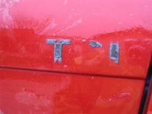 Enlever Sticker Voiture : tutoriel d sigler sa voiture autocollants et logos pratique services et vie pratique ~ Medecine-chirurgie-esthetiques.com Avis de Voitures