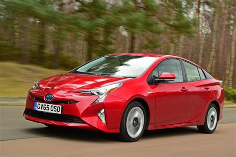 Best New Hybrid Cars by Toyota Prius Best Hybrid Cars Auto Express