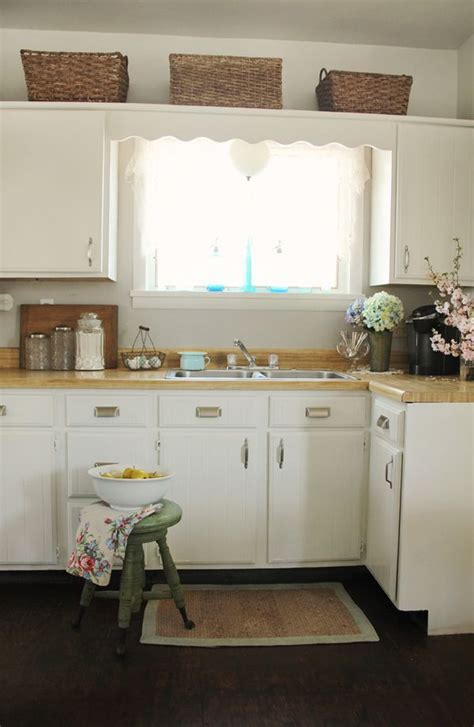 kitchen cabinets painted    pretty petals