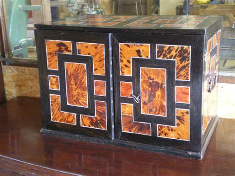 joli petit cabinet louis xiii la beaut 233 du bois