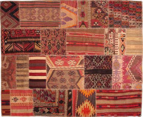 avis  mes amis je recherche pleins de tapis style