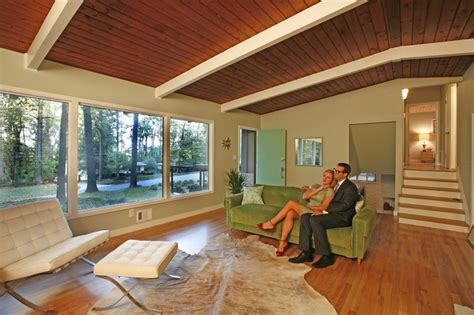 Dick and Jane's Mid Century Modern Makeover!! (Before