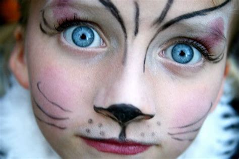 Easy Cat Face Painting  Simple Yet Dramatic Cat Face