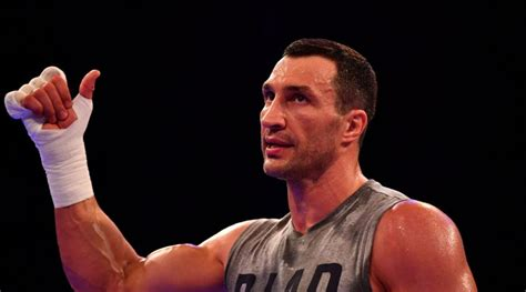 Wladimir Klitschko and family rescued after his boat ...