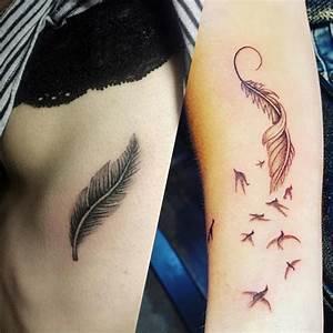 Dessin D Hirondelle Pour Tatouage : tatouage plume 50 id es de tatouages de plumes album ~ Melissatoandfro.com Idées de Décoration