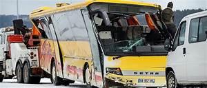 Franchise Accident Responsable : accident de car dans le doubs la m t o probablement responsable le point ~ Gottalentnigeria.com Avis de Voitures