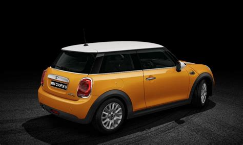 Review Mini Cooper 3 Door by Mini Cooper 3 Door Diesel Price Specs Review Pics