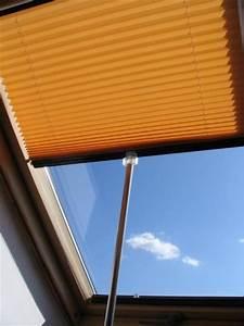 Günstige Velux Dachfenster : inline plissee faltstore f r dachfenster ~ Lizthompson.info Haus und Dekorationen