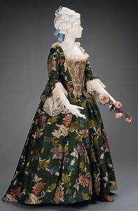 rate the dress 18th century brocaded silks the dreamstress With robe a la anglaise