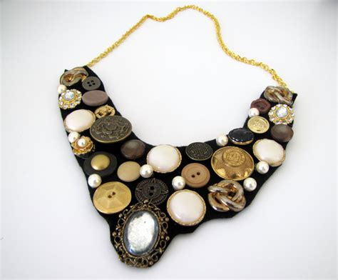 >how To Make A Button Bib Necklace {step By Step Tutorial
