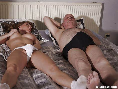 Daddy Delights Himself Wit