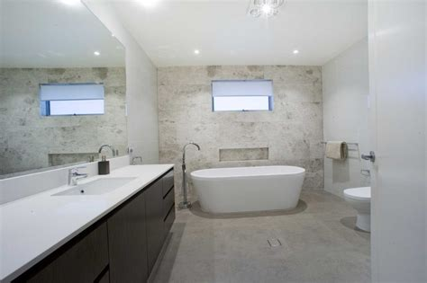 renovating  kitchen  bathroom expert home