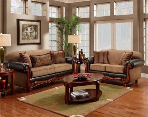 Pilihan kursi sofa minimalis yang tepat dapat membuat ruang tamu terlihat lebih serasi dan nyaman. Model Sofa Bed Minimalis Jati