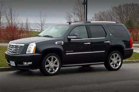 2011 Cadillac Escalade Hybrid  Information And Photos