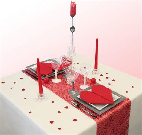 10 id 233 es d 233 coration de table pour un d 238 ner en amoureux astuces de filles