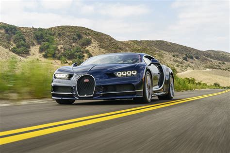The w16 makes such an exotic, mechanical sound that. Looking at the Bugatti Chiron is just as much of an event ...