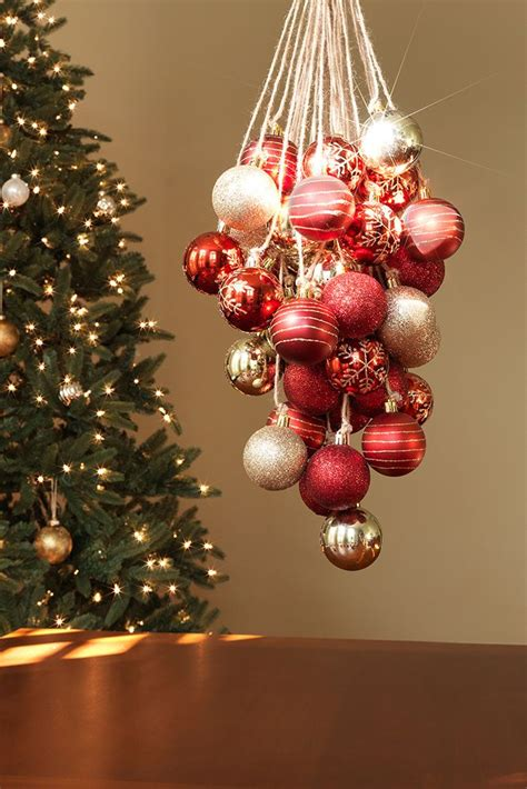 ideas  christmas chandelier decor  pinterest