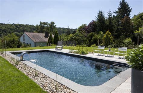 pool im garten integrieren natur pools zinsser gartengestaltung schwimmteiche und swimmingpools