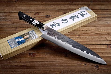 best inexpensive kitchen knives 10 kitchen knives used by award winning chefs gear patrol