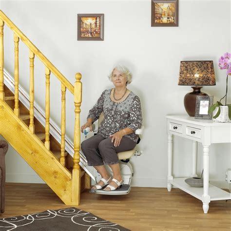 fauteuil qui monte les escaliers monte escalier automatique monorail design si 232 ge confortable simplicity ind 233 pendance royale