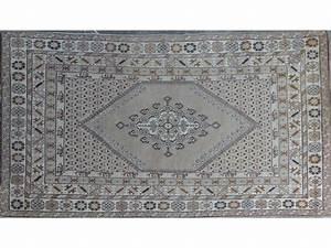 grand tapis rectangulaire en laine a motifs marron With grand tapis rectangulaire
