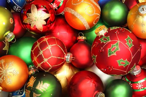 How To Decorate With Glass Ball Christmas Ornaments Ebay