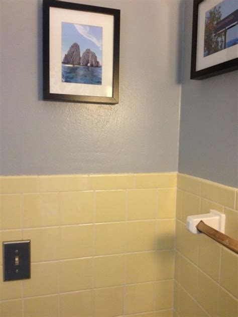 paint color to go with yellow tile yellow bathroom tile with grey walls new house