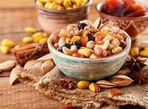 Nüsse Welche Nüsse : gesunde lebensmittel f r ein langes leben welche sind diese ~ Cokemachineaccidents.com Haus und Dekorationen