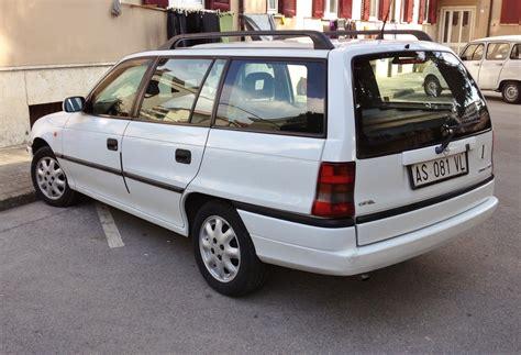 Opel Astra F by File Opel Astra F Caravan 1 7 Tds Club Rear Jpg