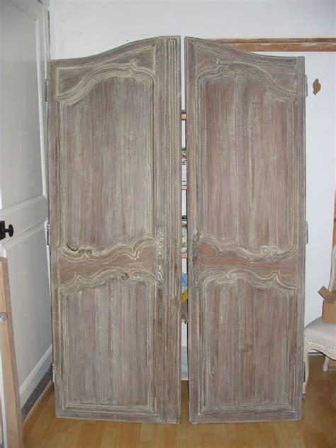 peinture porte de cuisine portes anciennes patinees tendance peinture et patine