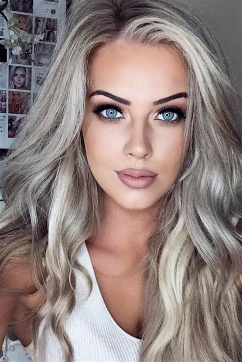 30 Trendy Hairstyles For Long Faces Platinum blonde hair