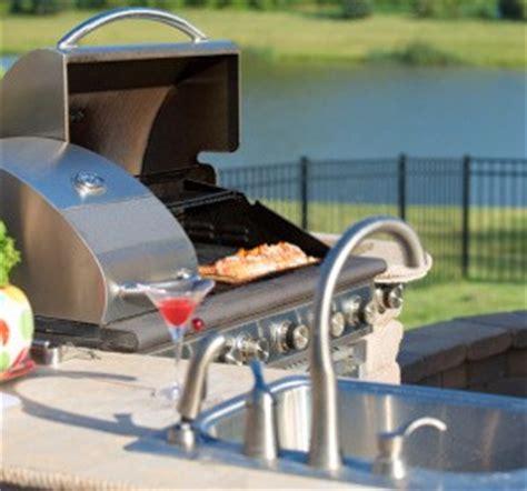 comment faire une cuisine ext ieure cuisine extérieure bien préparer projet habitatpresto