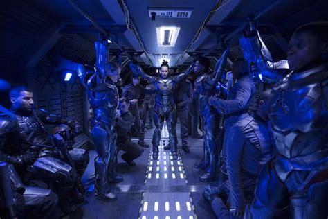by design season 2 the expanse season 2 review stellar space opera collider