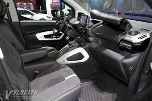 Peugeot Rifter Interieur : 2018 peugeot rifter 4x4 pictures ~ Dallasstarsshop.com Idées de Décoration