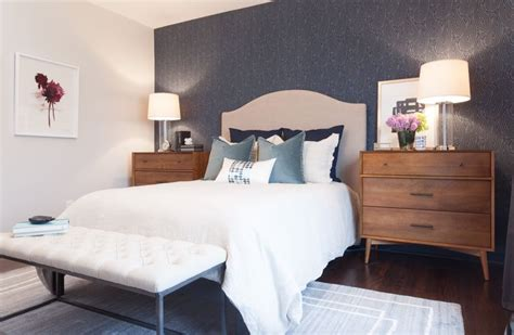 master bedroom  wallpaper feature wall hgtvs income