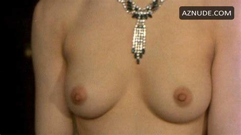 Nackt  Megan Ketch Yacht Top: