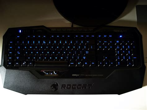 roccat isku fx illuminated gaming keyboard review