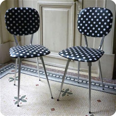 ou trouver des chaises de cuisine meubles vintage gt a restaurer à votre goût gt paire de