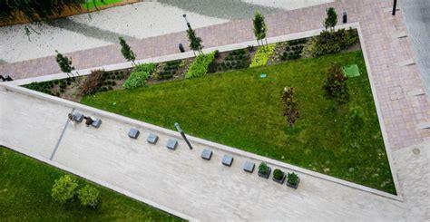 Rustic Cat Furniture by Corvin Promenade Garden Triangle Modern Landscape
