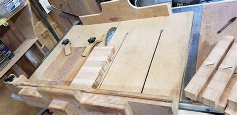 grain cutting board basket weave pattern  tomw