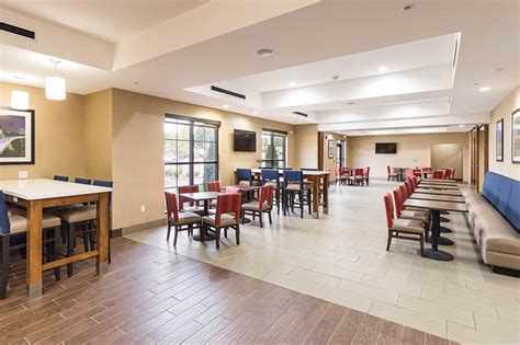 comfort inn suites greenville sc comfort suites greenville south piedmont south carolina