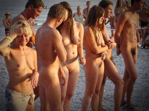 Nude Beach Would You Do It Get Comfortable In Nudeshots