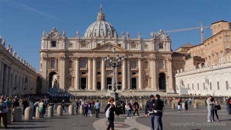 Spaziergang Von Der Vatikanstadt Zum Trevi Brunnen